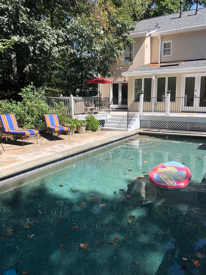 Spacious Sandy Springs home