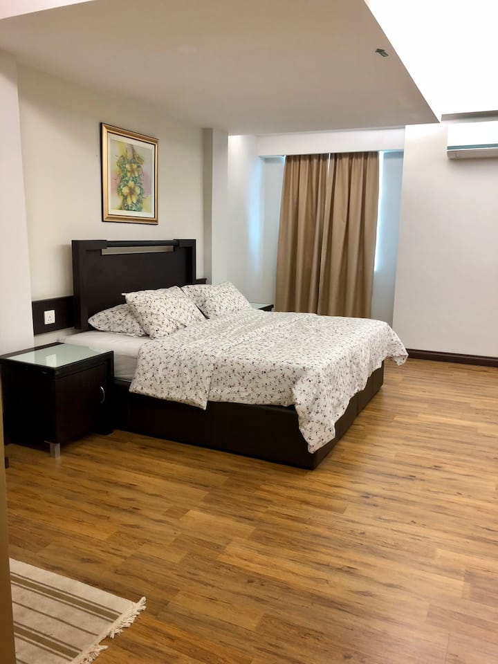 At Ease 5002 A (Khalifa Suites) Double Room