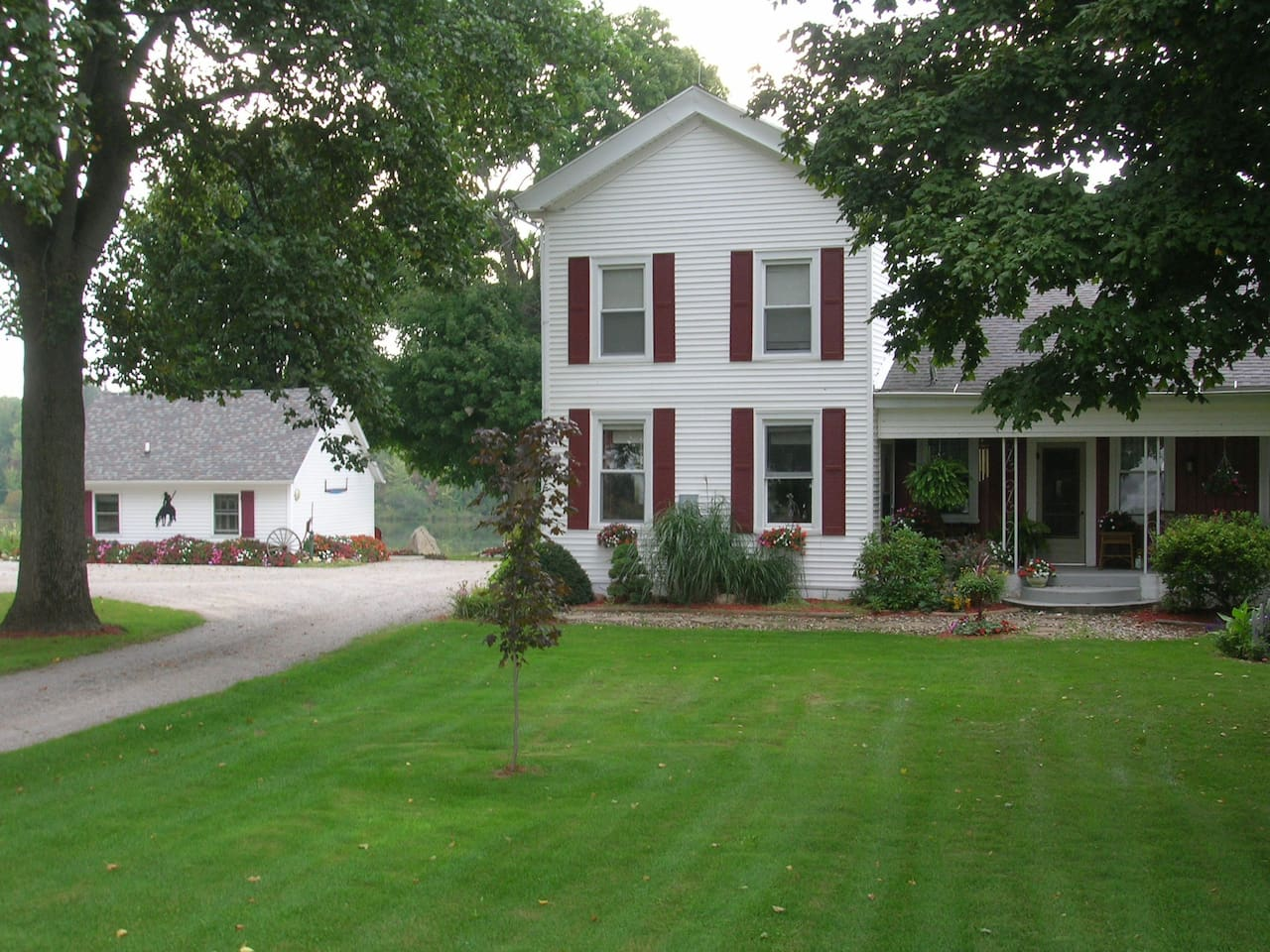Your 3 room Bunkhouse B&B is on the left. You are welcomed into our 180 year home for breakfast. Or breakfast can be delivered to the Bunkhouse.