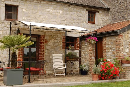 Les Matins Clairs 2 LAST MINUTE OFFER - Dinant - House