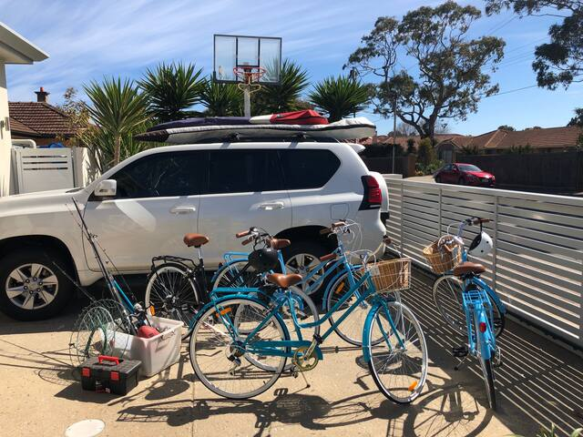 Bikes, Skateboards, Fishing and Crabbing Gear, Surf Trips and Surfing Equipment and the occasional airport transfer  At Brighton Beach Retreat we got what you need