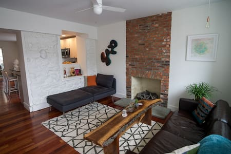 Modern Luxury Home: Downtown WC - West Chester - Casa