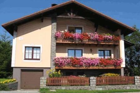 Ferienwohnung REINBERG 100 m2