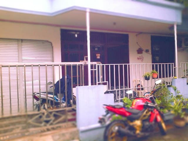KAMAR NYAMAN - Semarang - House