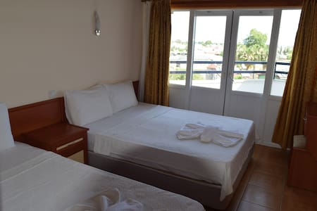 Naturella hotel - Kemer - Bed & Breakfast