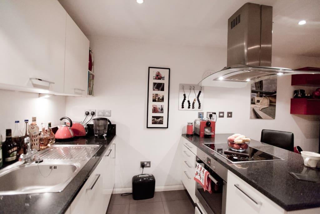 fully fitted appliances expresso coffee machine ceramic hob toaster kettle etc.