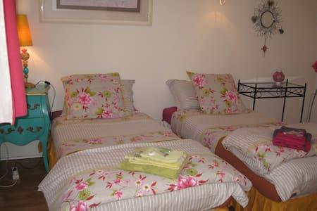 chambres d'hôtes à Grasse, vue mer - Grasse