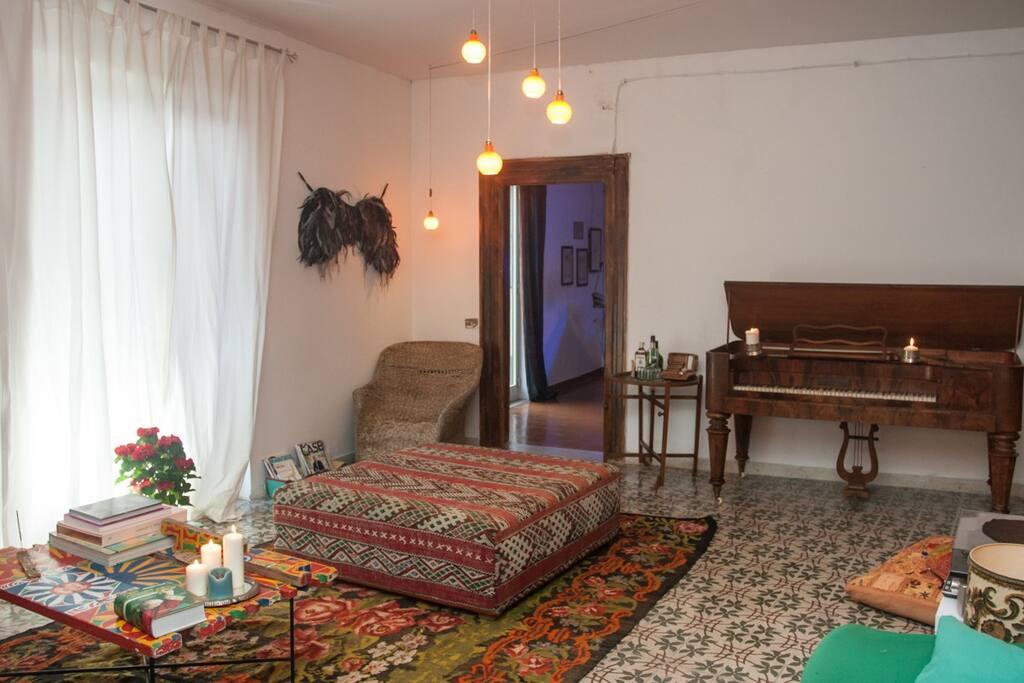 Palermo historical sicilian house appartamenti in for Appartamenti in affitto a palermo arredati