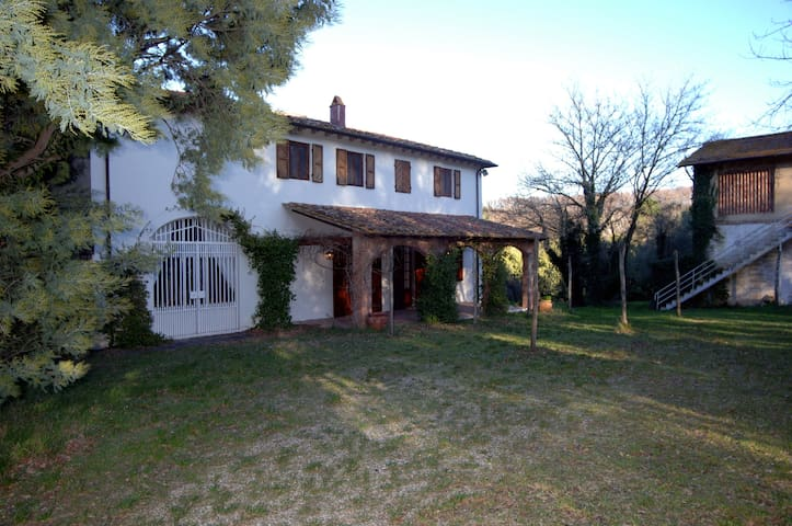 Villa in the Tuscany countryside - Collesalvetti - Vila