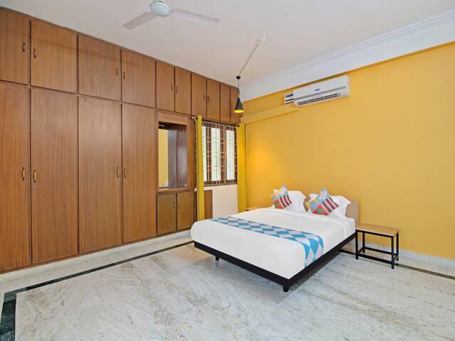 OYO - 1BR Classic Homestay, Hyderabad - Big Discount!₹