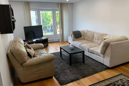 Comfortable, stylish, 3 rooms, great location!