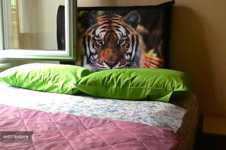 Small double room with very comfortable bed