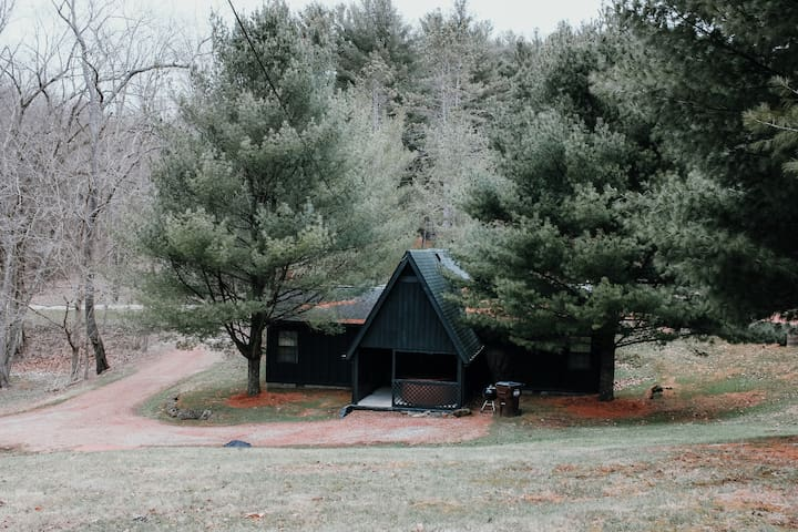 Appleseed Cabin