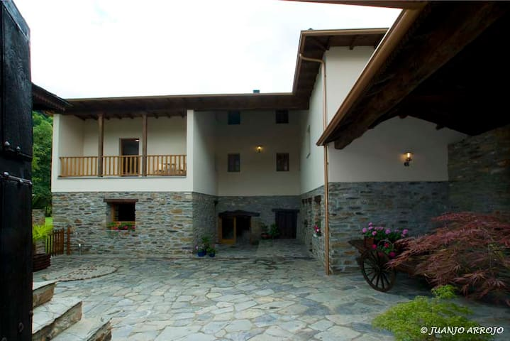 Palacio Rosa Mar apartamento para 4 personas