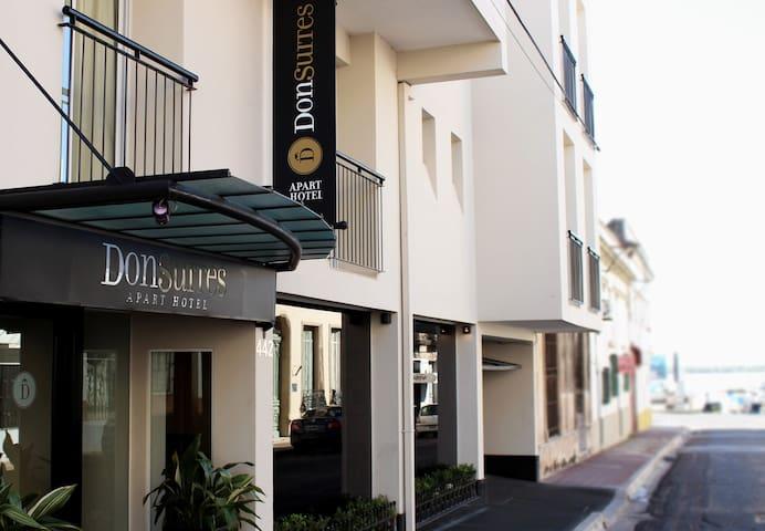 Apart Hotel con desayuno incluido a 20 m Costanera