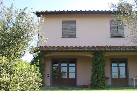 "Affittacamere""IL COLLE""  Toscana  , - Wohnung"