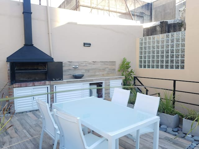 Luxury Quiet Sun House