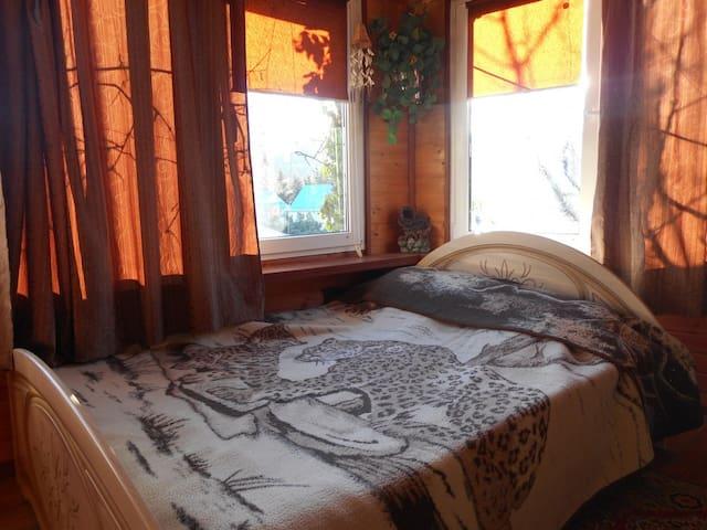 Комната на 3 с отд. вх. в частном доме Лазаревское - Lazarevskiy - Rumah