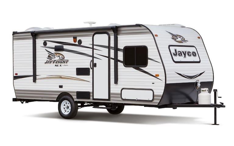 A new luxury 5-6 towing Caravan