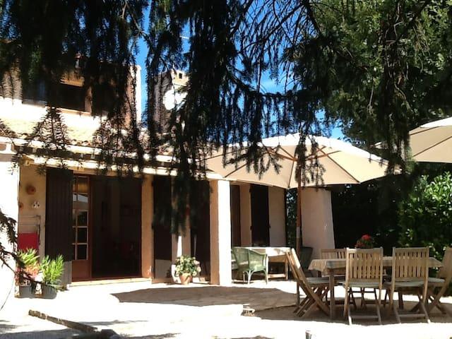 Villa met privé zwembad, voor levensgenieters - Bagnols-en-Forêt - Villa