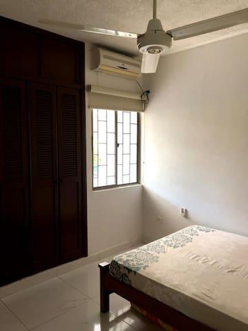 Habitación hermosa y comoda