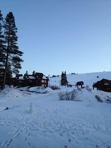 Tahoe Donner Ski Condo - Траки
