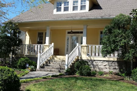 the top 20 bungalows for rent in nashville airbnb