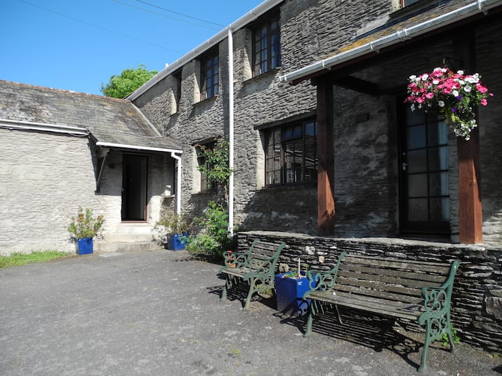 Country Cottage for 6 near Woolacombe (Mill Cott.)