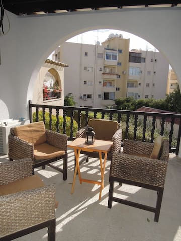 1-Bedroom Flat close to the Beach