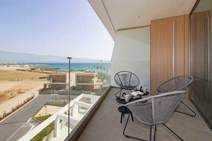Vista - Beachfront Apartment