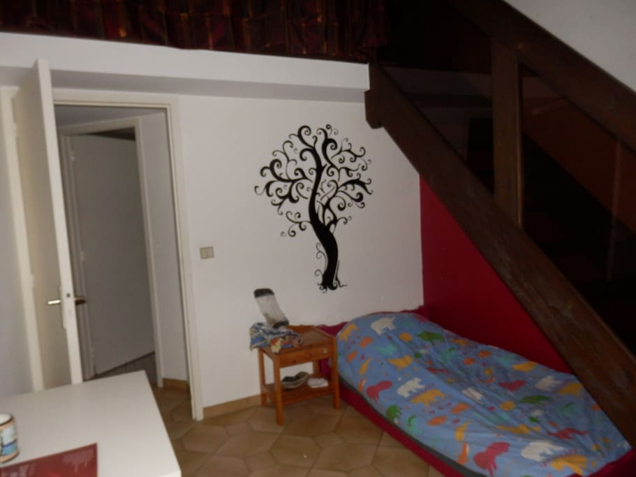 Shared room in beautiful house