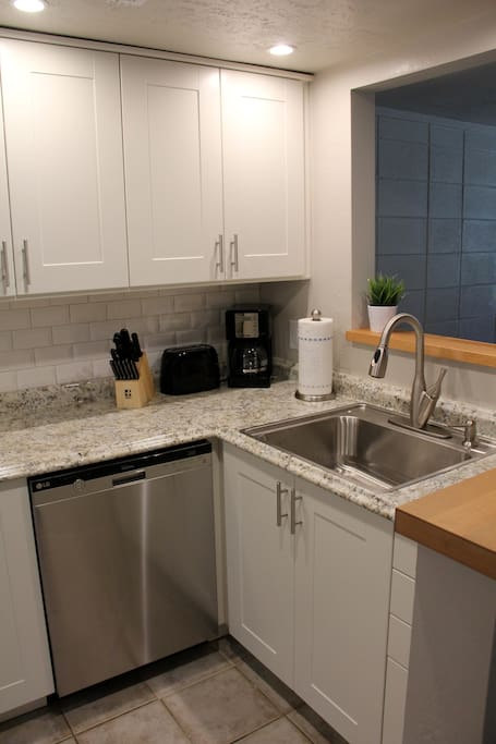 Fully renovated kitchen- stainless appliances