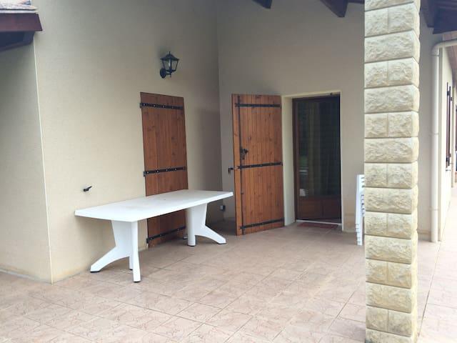 Maison en campagne tout confort avec grand jardin - Loubers - Casa