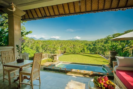 Ridge-Front Villa with private pool - Ubud - House