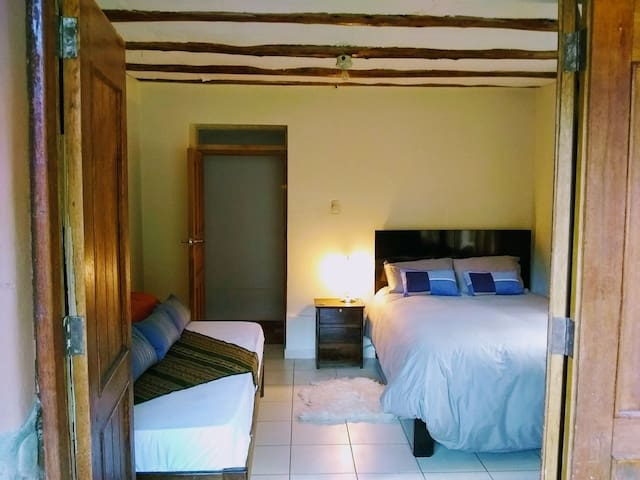 Triple Room +Breakfast -SachiAyni Guesthouse