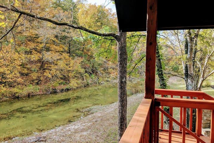 Livingston Creek Camphouse
