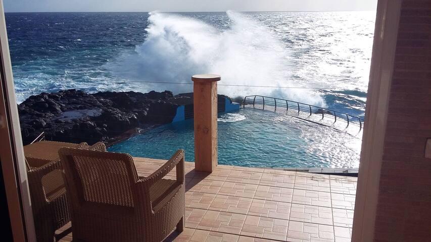 """Villa Grande """"Brisa del Mar"""" & sea pool 12 persons"""