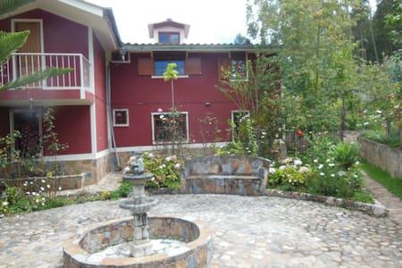 Hospedaje en casa de campo en Los   Baños del inca