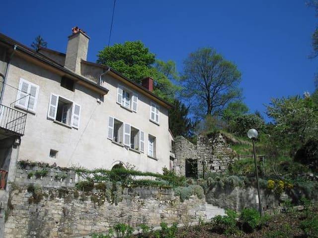 La maison haute - Salins-les-Bains - Apartment