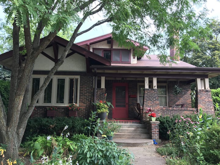 Charming and Historic Viroqua Craftsman Bungalow