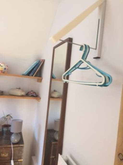 Hanging Space