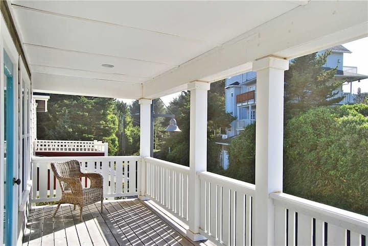 Fully Equipped Olivia Beach Oceanview Home has King Suite, Game Room, Hot Tub!