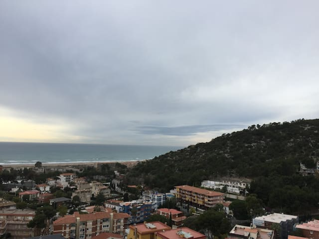 Apartment with sea view in Castelldefels Playa - カステルデフェルス
