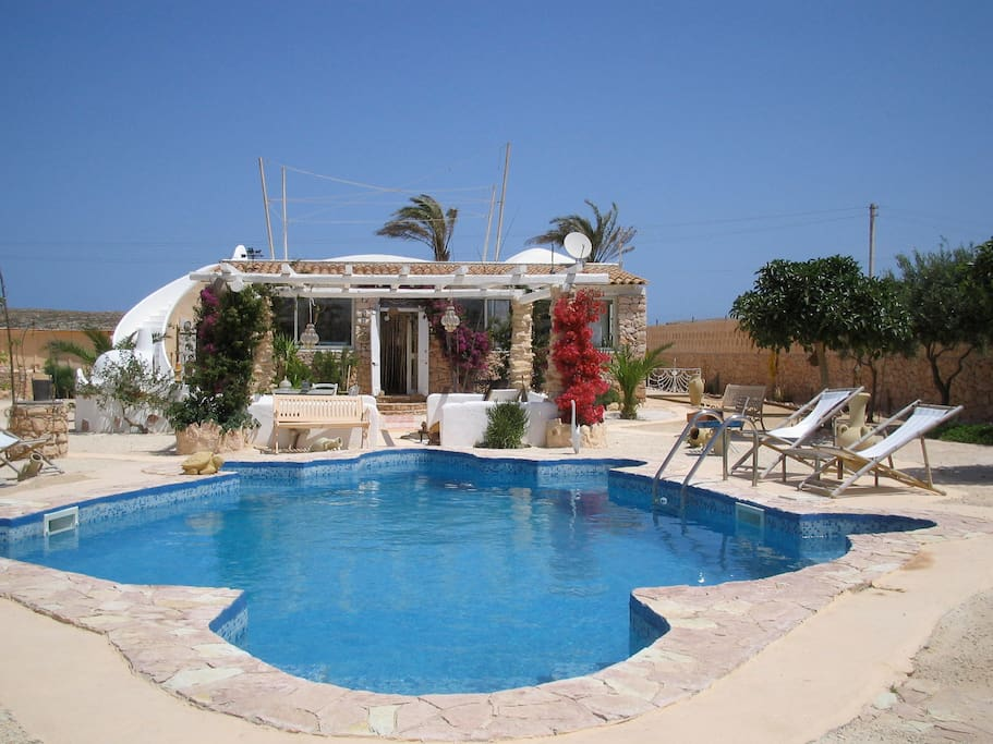 Villa piscina privata lampedusa ville in affitto a lampedusa sicilia italia - Affitto casa con piscina ...