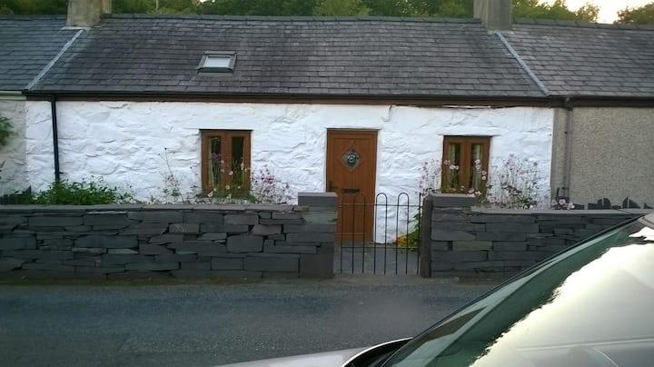 Quarrymans Cottage Snowdonia border