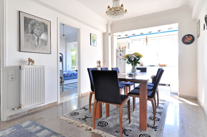 Wonderful 85m2 Apartment in Athens - Melissia - Apartment