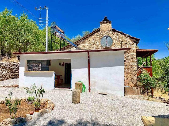 Bademlik (Old Stone House on Lycian Way)