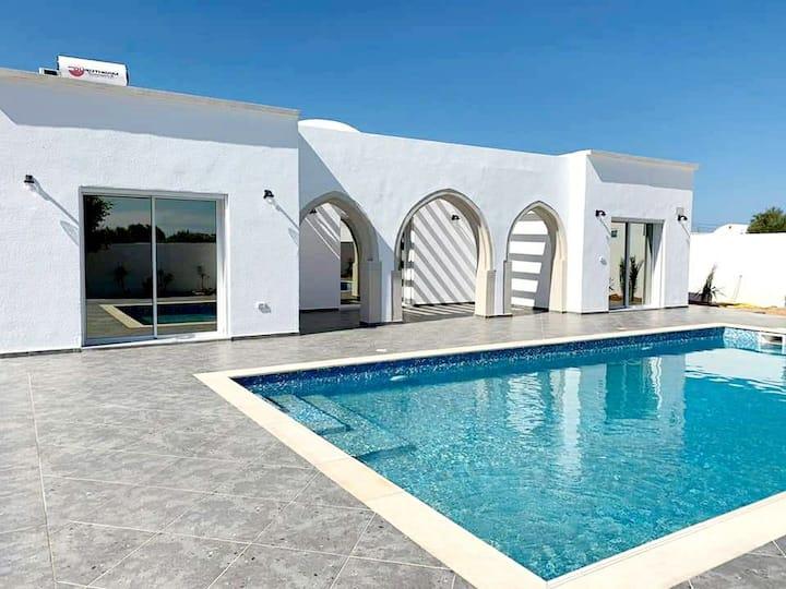 Villa avec piscine privée sans vis a vis