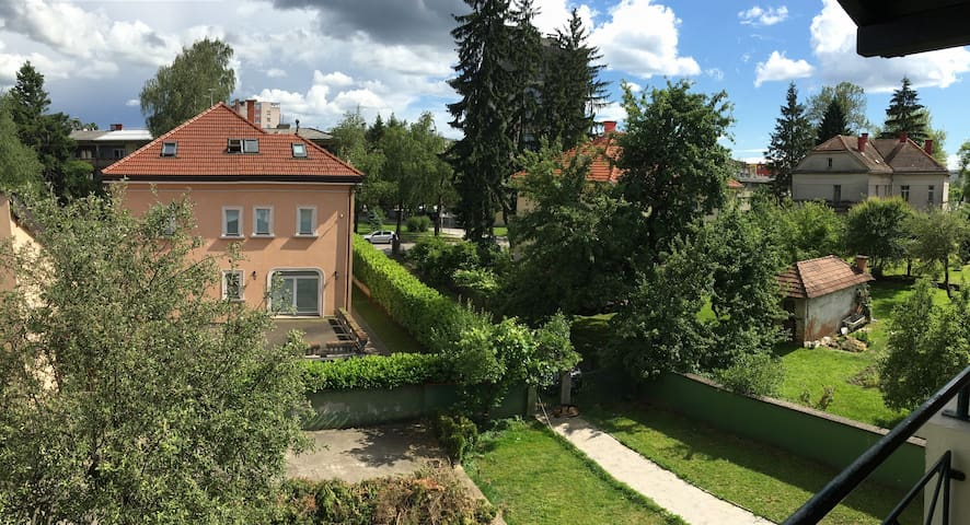 Homely villa flat on top location - Karlovac - Apartamento