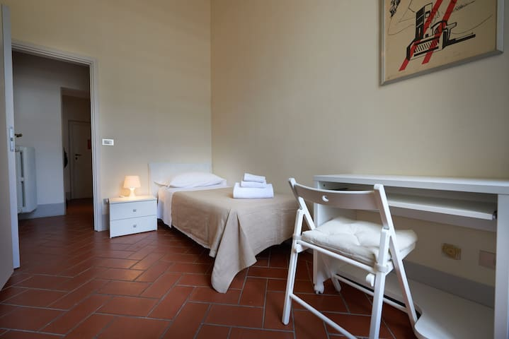 Recently renovated 3-bedroom apartment in Florence - Florence - Appartement